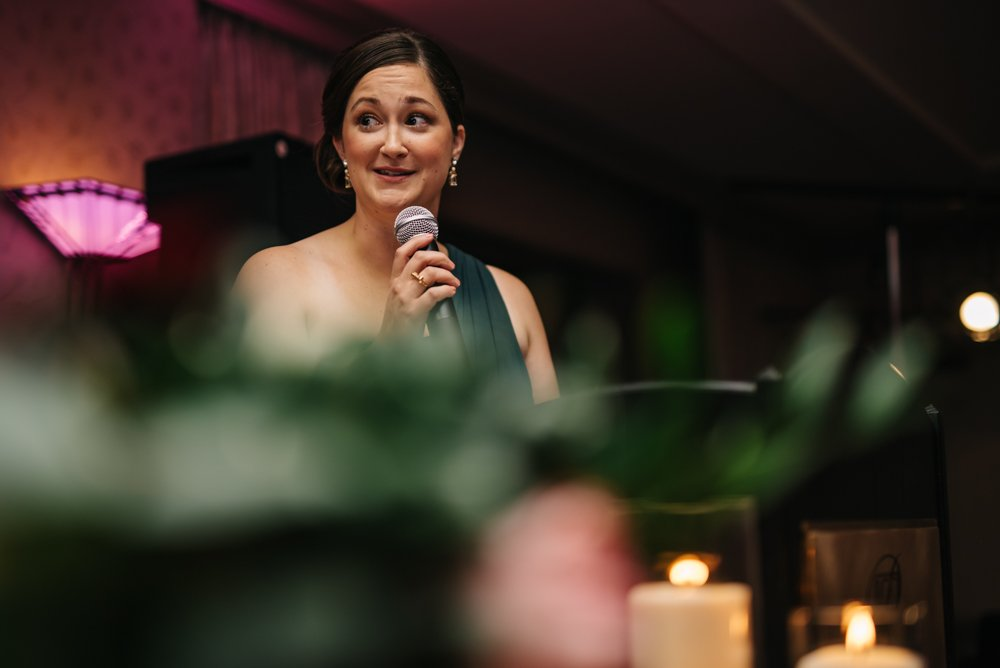 Maid of honour speeches at wedding reception