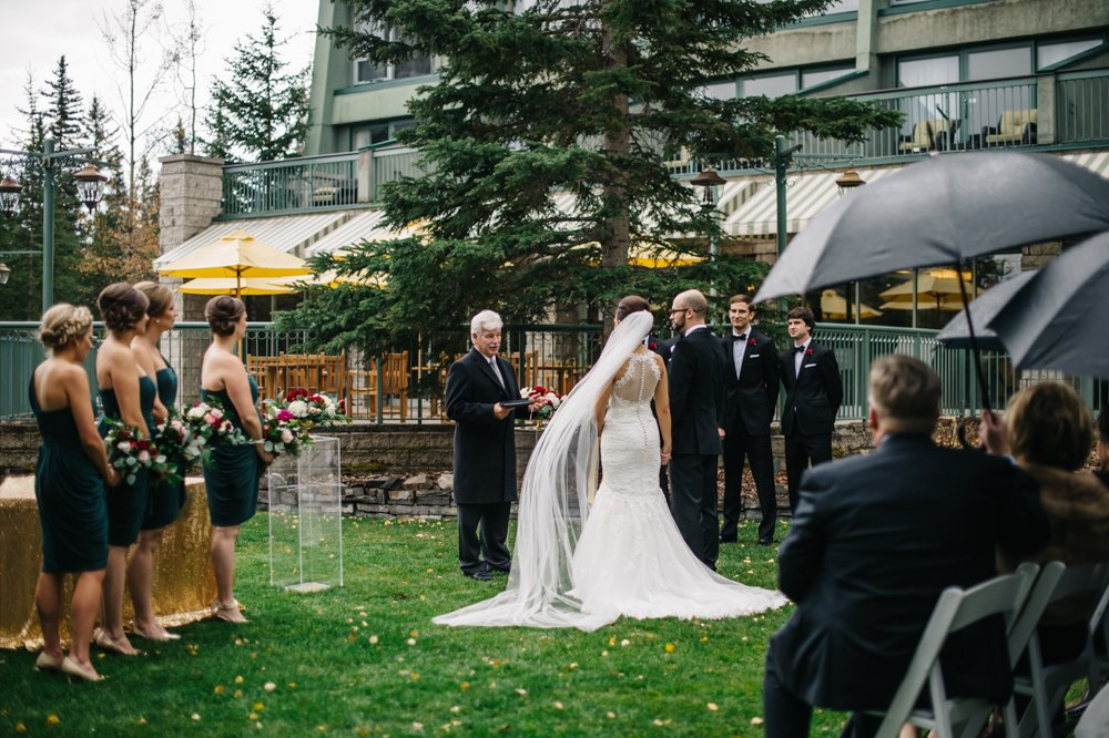 wedding ceremony at the rimrock in banff